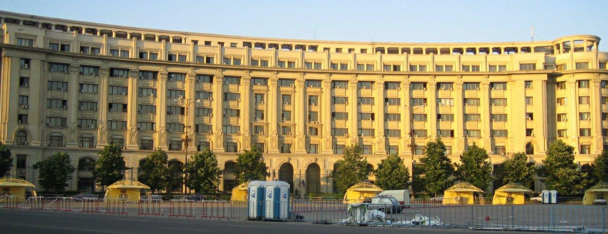 Bucarest la ville communiste bloc notes - Coucher du soleil montpellier ...